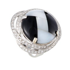 Italian Collection 18 Karat White Gold Diamond Onyx and Mother of Pearl Ring