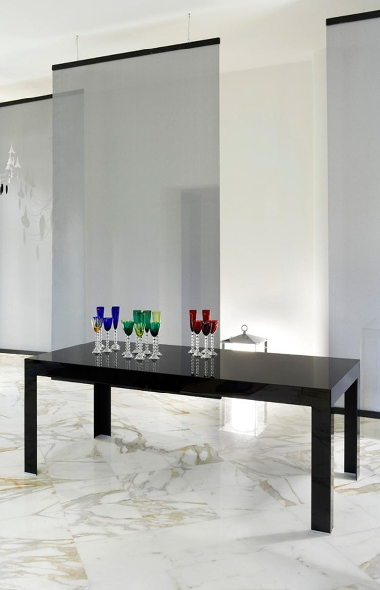 Minimalist Italy Contemporary Design Black Glass Dining Table in Minimal Style For Sale