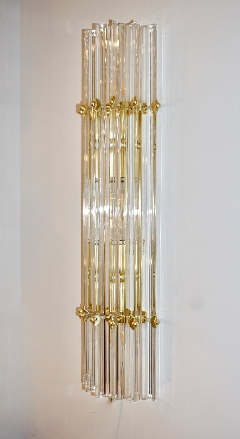 Italian Contemporary Minimalist Pair of Satin Brass Crystal Murano Glass Sconces In New Condition For Sale In New York, NY