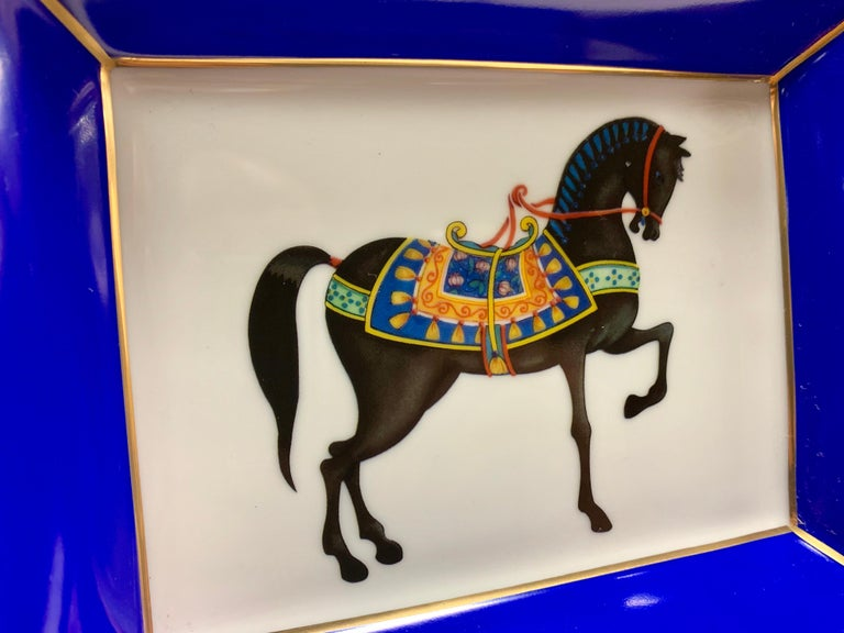 Italian Craftsmanship Decorated Porcelain Tray In New Condition For Sale In Scandicci, Florence