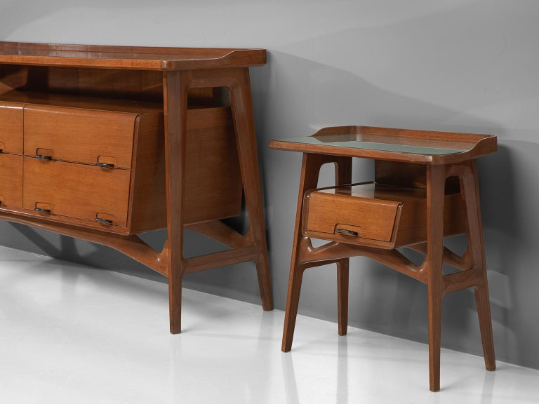 Italian Credenza in Fruitwood and Glass For Sale 2