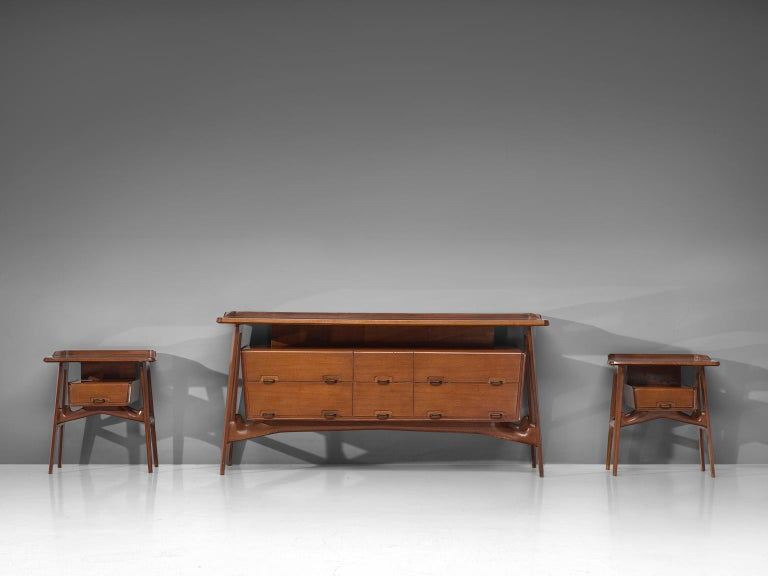 Italian Credenza in Fruitwood and Glass For Sale 3