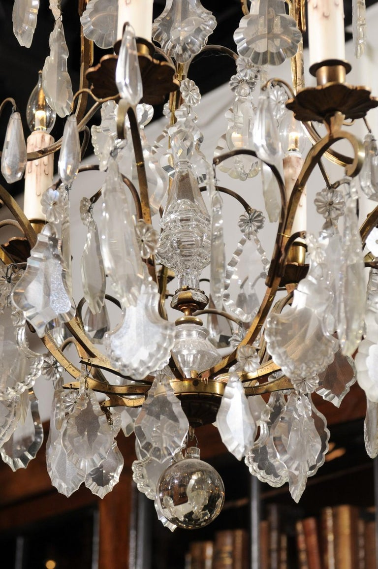 Italian Crystal and Bronze Six-Light Chandelier with Obelisk and Pendeloques For Sale 1