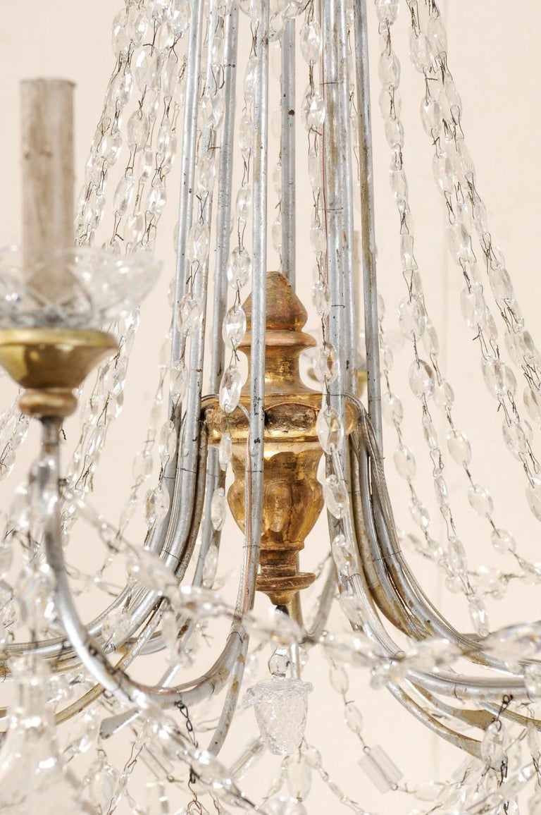 Italian Crystal Eight-Light Chandelier from the Mid-20th Century For Sale 1