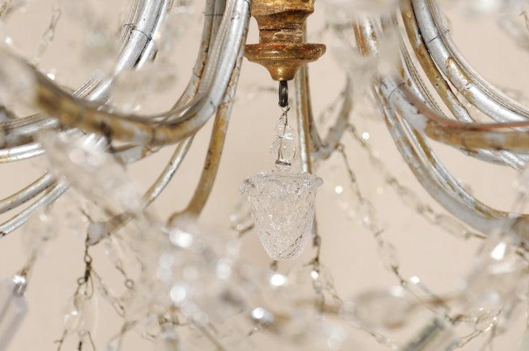 Italian Crystal Eight-Light Chandelier from the Mid-20th Century For Sale 3