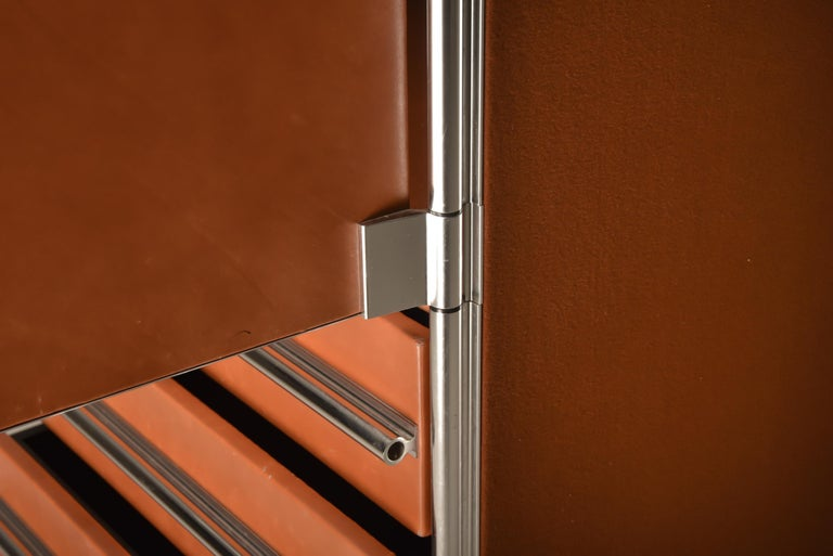 Italian Design Dresser in Cognac Leather, Chrome and Black Glass for Hermès For Sale 6