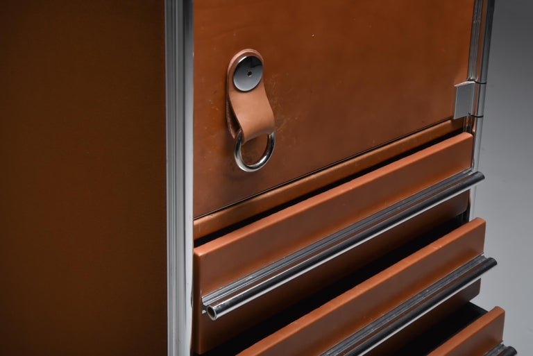 Italian Design Dresser in Cognac Leather, Chrome and Black Glass for Hermès For Sale 9