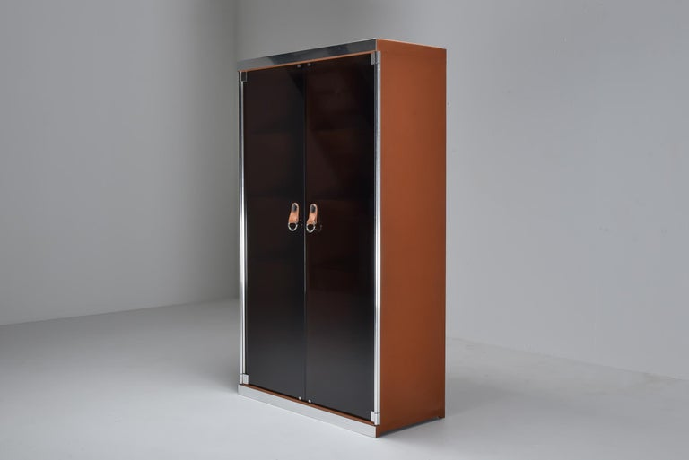Italian Design Dresser in Cognac Leather, Chrome and Black Glass for Hermès For Sale 12