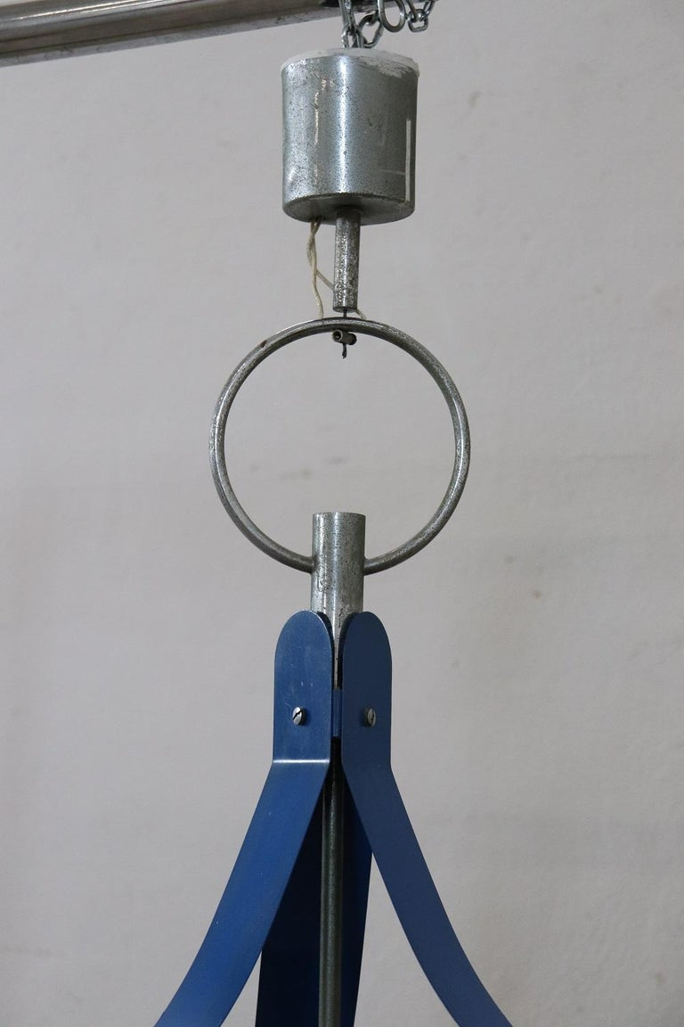 Italian Design Glass and Blue Lacquered Metal Stilnovo Style Chandelier, 1950s For Sale 5