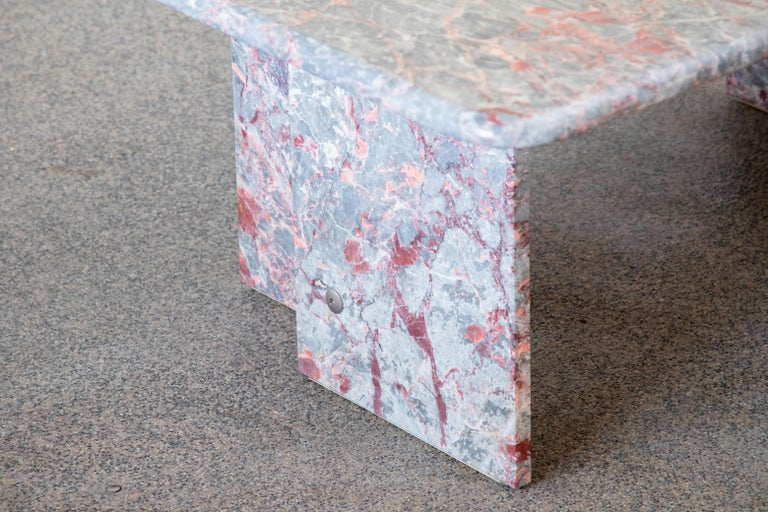 Italian Design Marble Coffee Table, 1970 For Sale 5