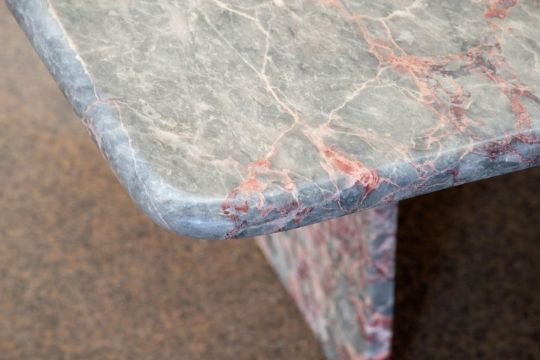 Italian Design Marble Coffee Table, 1970 For Sale 8