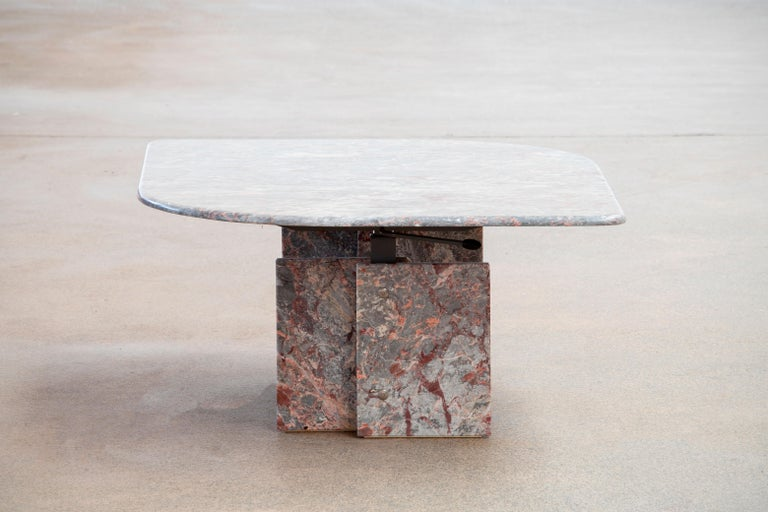 20th Century Italian Design Marble Coffee Table, 1970 For Sale