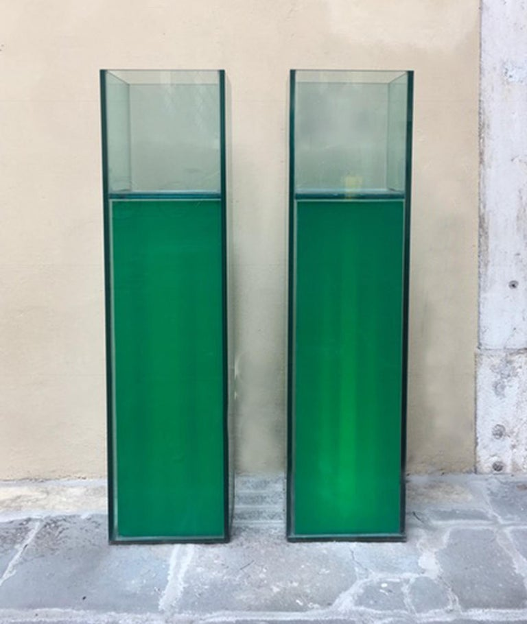 Modern Italian Design Pair of Green Lightened Clear Crystal Pedestal with Vases Inside For Sale