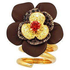 Italian Designer Custom Made Flower Cluster Cocktail Ring 14 Karat Gold