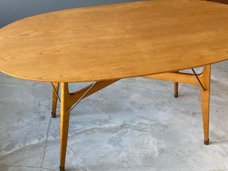 Mid-Century Modern Italian Designer, Modernist Dinette Table, Light Beech, Brass, Italy, 1950s For Sale
