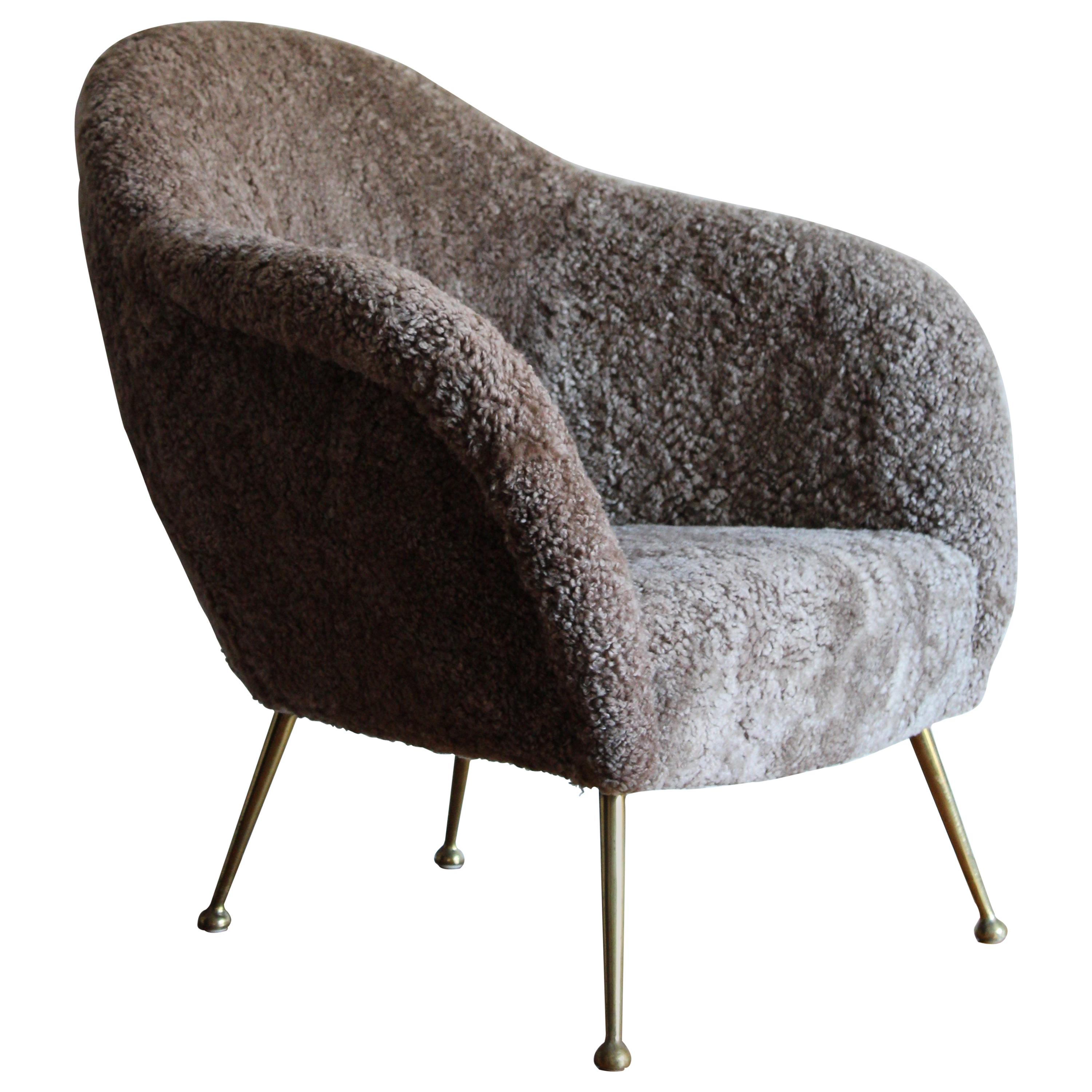 Italian Designer, Organic Lounge Chair, Sheepskin, Brass, Italy, 1950s