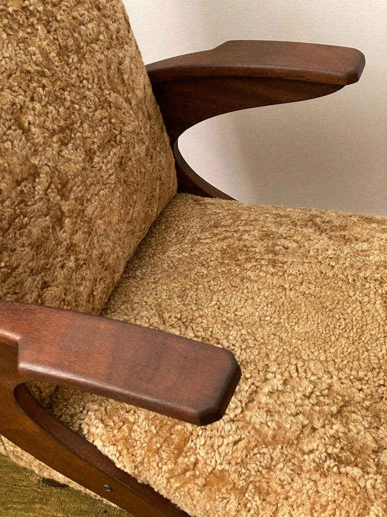 Italian Designer, Organic Lounge Chairs, Sheepskin, Stained Wood, Italy, 1940s For Sale 6