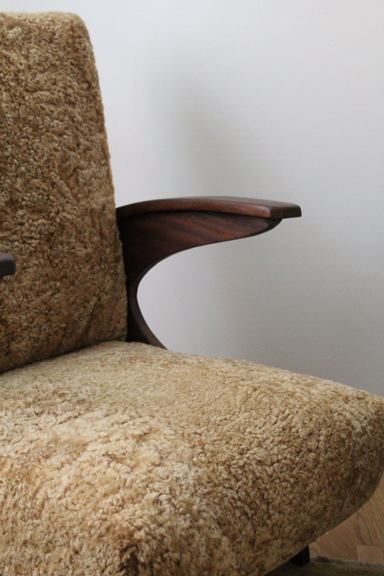Mid-20th Century Italian Designer, Organic Lounge Chairs, Sheepskin, Stained Wood, Italy, 1940s For Sale