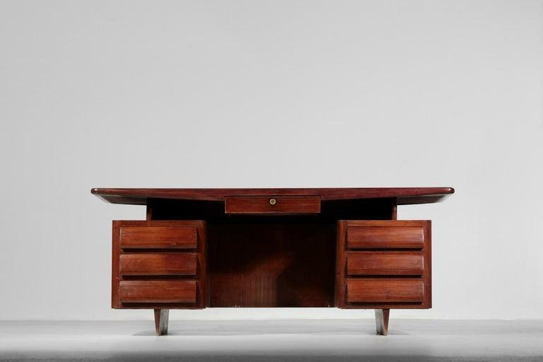 Mid-Century Modern Italian Desk by Vittorio Dassi, 1950s Vintage For Sale