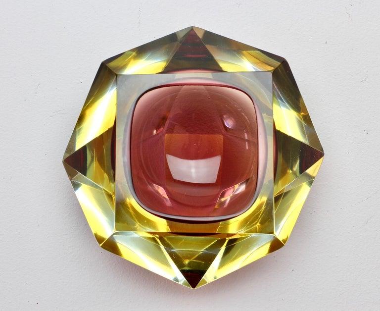 Große Italienische Diamantschliff Facettierte Murano-Glas Tafelaufsatz Schale von Mandruzzato 2