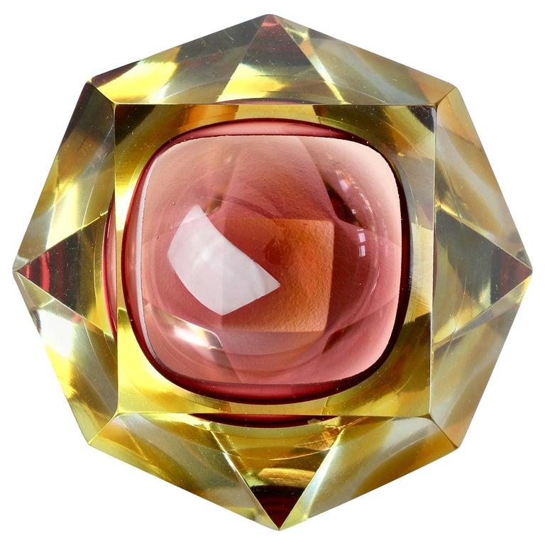 Große Italienische Diamantschliff Facettierte Murano-Glas Tafelaufsatz Schale von Mandruzzato 1