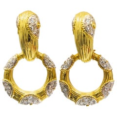 Italian Diamond Earrings 2.5 Carat 18 Karat Gold