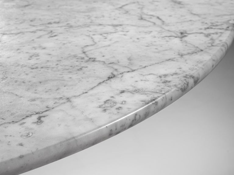 Mid-Century Modern Italian Dining Table in White Marble For Sale