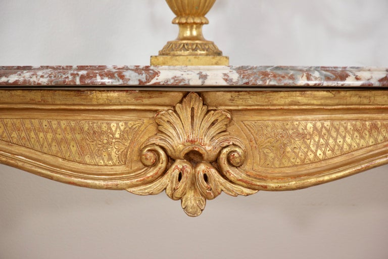 Italian Early 20th Century Carved Giltwood Console Tables For Sale 1