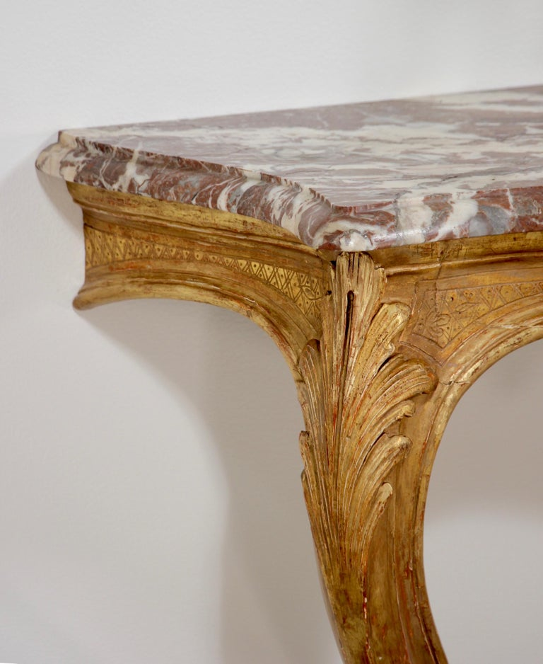 Italian Early 20th Century Carved Giltwood Console Tables For Sale 2