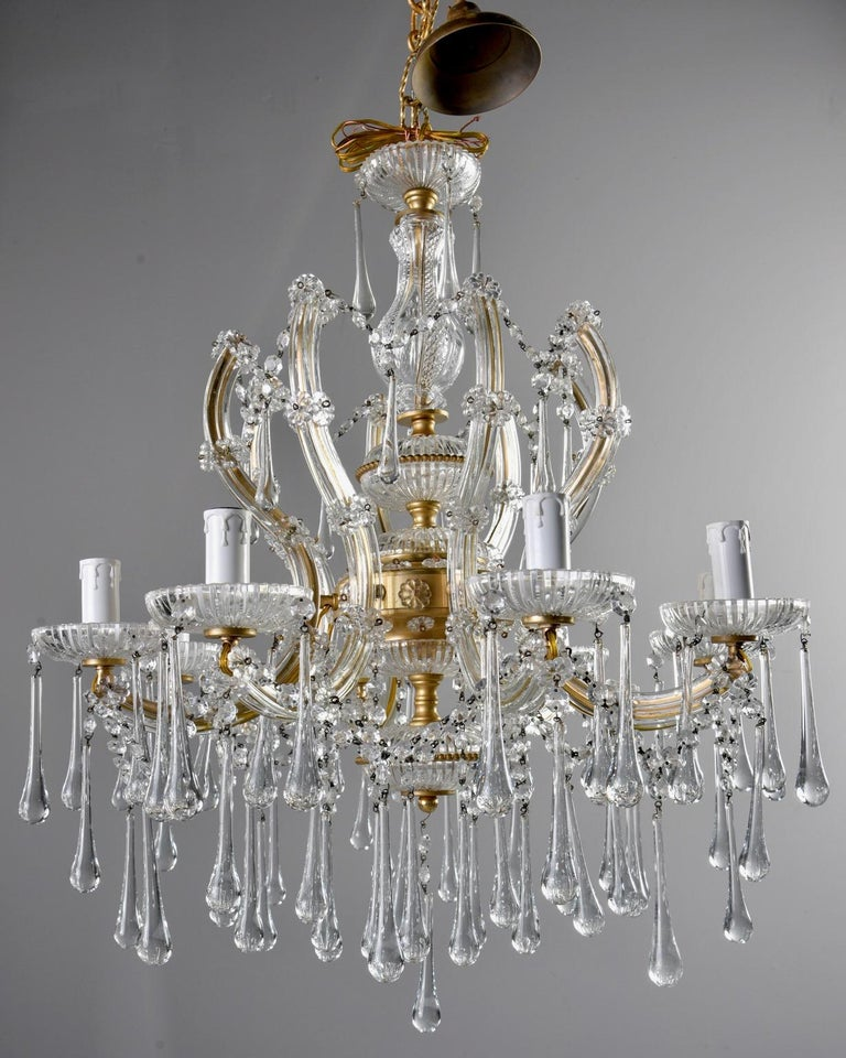 Italian Eight Light Crystal Chandelier In Good Condition For Sale In Troy, MI