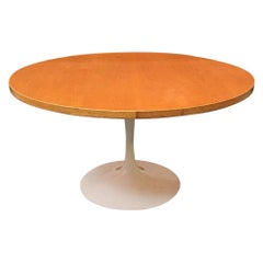 Italian Enamelled Metal and Oak Rounded Tulip Table, 1960s