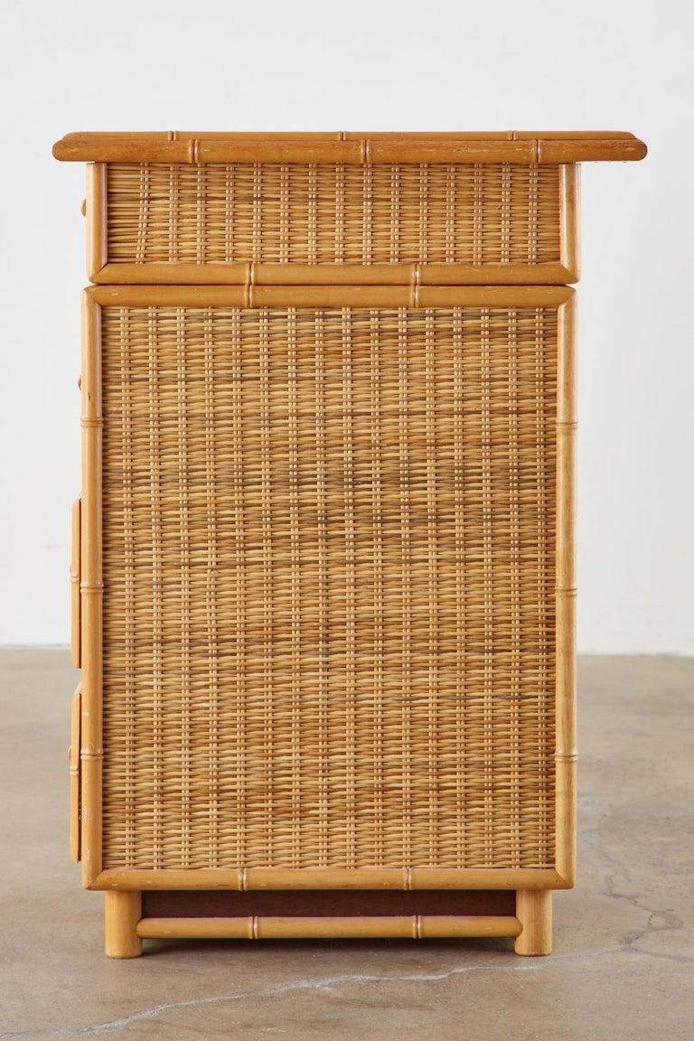 Italian Faux Bamboo Rattan Pedestal Writing Table or Desk In Good Condition For Sale In Rio Vista, CA