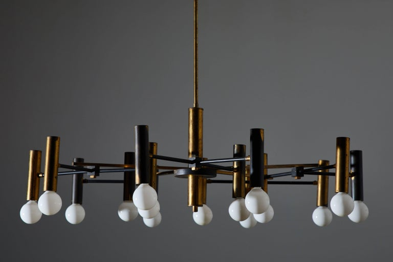 Fifteen-Arm Chandelier by Oscar Torlasco In Good Condition For Sale In Los Angeles, CA