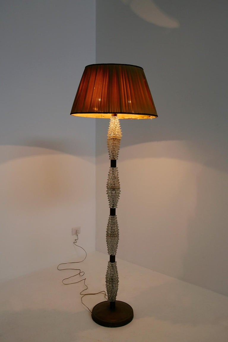 Mid-Century Modern Italian Floor Lamp by Barovier & Toso in Rostrato Glass and Brass, 1940s For Sale
