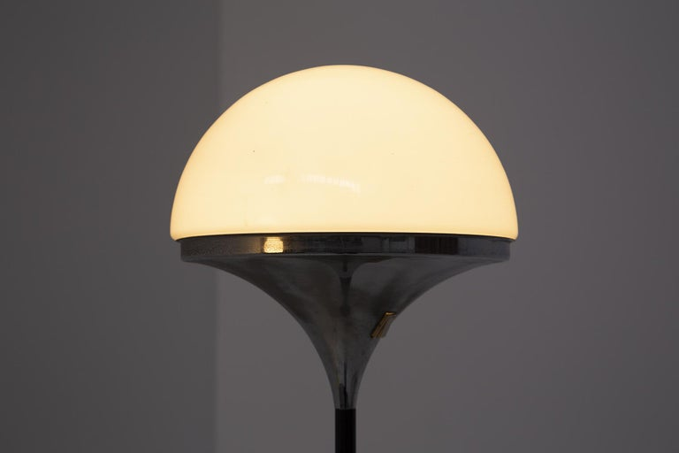 Italian Floor Lamps by Stilnovo Opaline Glass and Iron For Sale 4