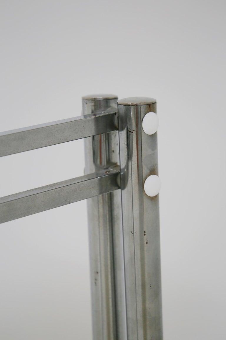 Italian Floor Lamps in Plexiglass and Steel, 1960s For Sale 1