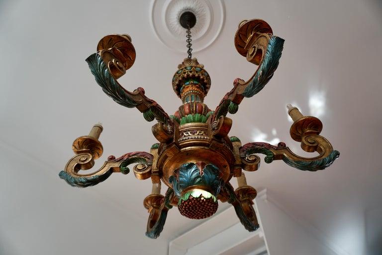 Italian Florentine Baroque Style Polychrome Wood Chandelier For Sale 4