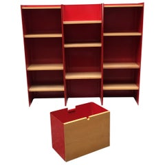 Italian Freestanding Red Enamelled Metal Bookcase by Arflex, 1970s
