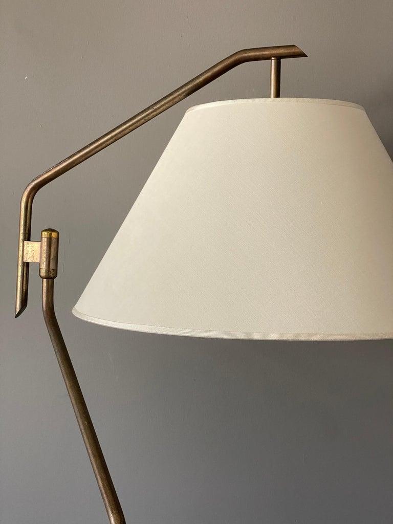 Mid-Century Modern Italian Functionalist Designer, Adjustable Floor Lamp, Brass, 1940s, Italy For Sale