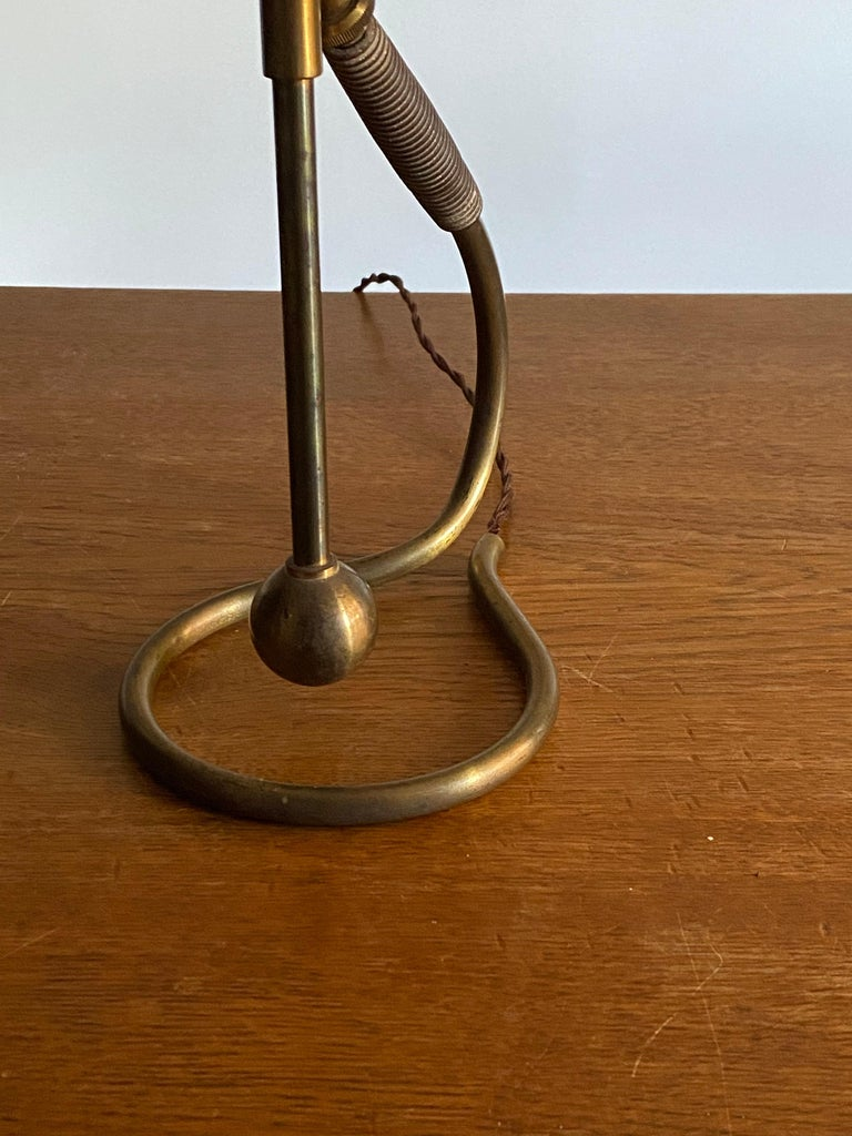 Italian Functionalist Designer, Organic Table Lamps, Brass, Rubber, 1940s, Italy In Good Condition In West Palm Beach, FL