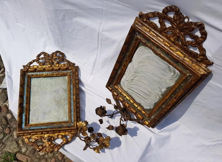 Italian Four Mirrors Carved Giltwood, Italy, 18th Century, Appliques Rococo For Sale 6