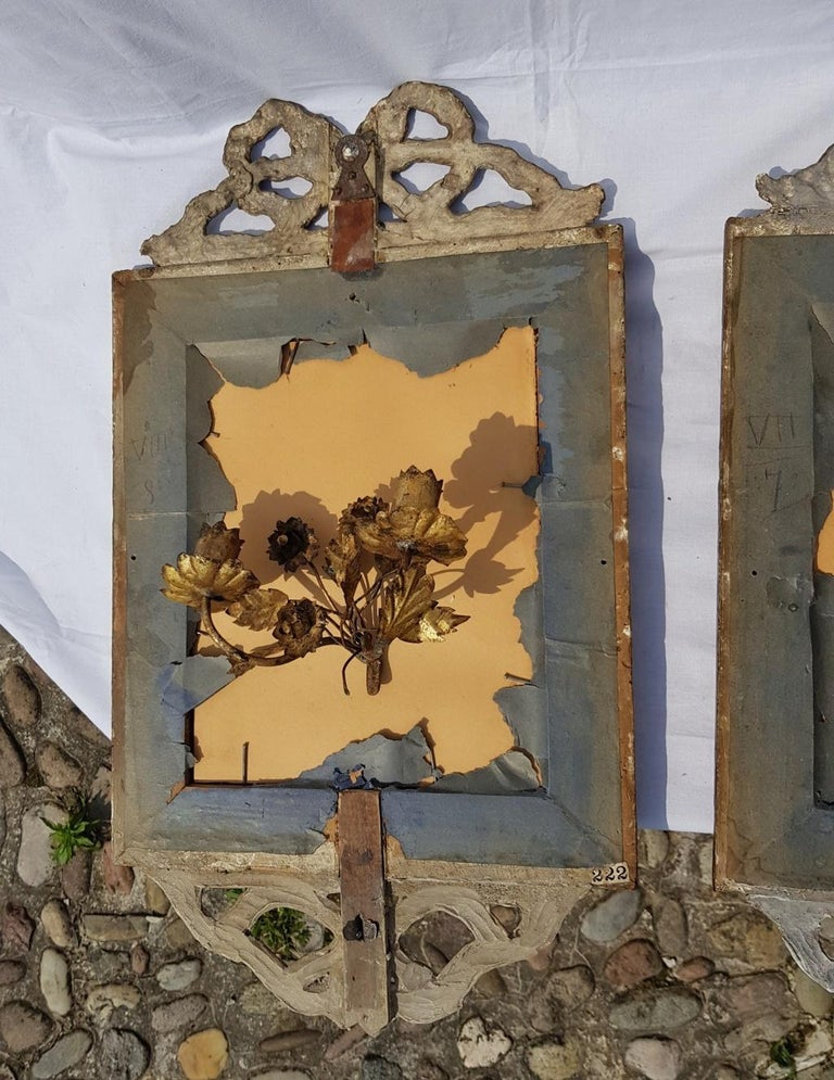 Italian Four Mirrors Carved Giltwood, Italy, 18th Century, Appliques Rococo For Sale 11