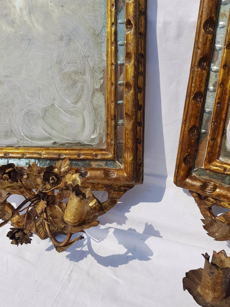 Italian Four Mirrors Carved Giltwood, Italy, 18th Century, Appliques Rococo For Sale 4