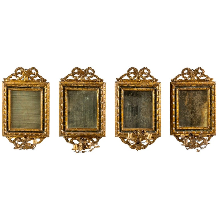 Italian Four Mirrors Carved Giltwood, Italy, 18th Century, Appliques Rococo For Sale