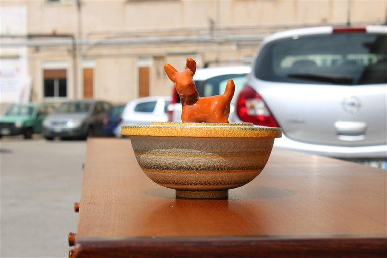 Italian Futurist Tobacco ceramic box 1930 Art Deco in Matt enamel and decorations with dog Cima Perugia Production.