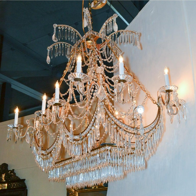 Italian Gilt Brass and Crystal Elongated Chandelier In Excellent Condition For Sale In Dallas, TX