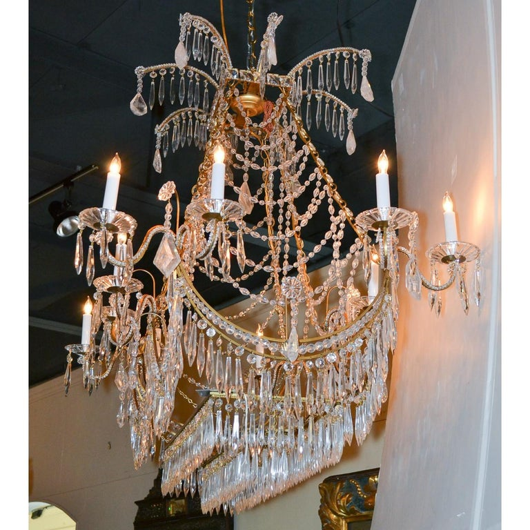 Italian Gilt Brass and Crystal Elongated Chandelier For Sale 2