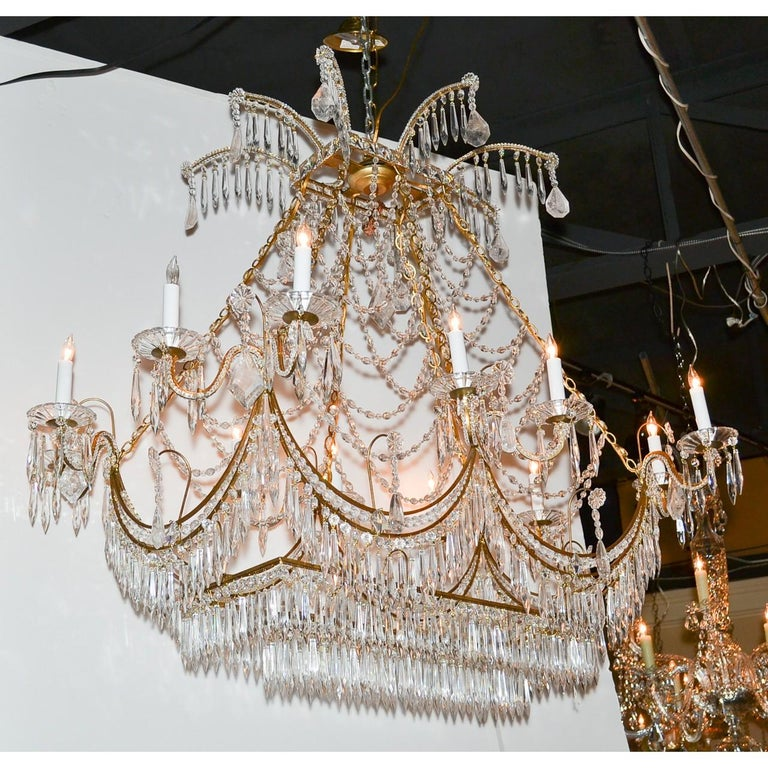 Italian Gilt Brass and Crystal Elongated Chandelier For Sale 4