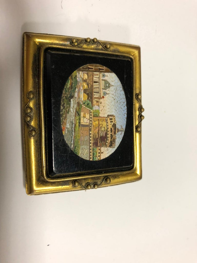 Victorian Italian Gilt-Metal Mounted Brooch Set with a Micromosaic Plaque Rome, circa 1830 For Sale