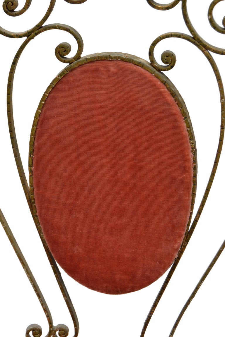 Italian Gilt Wrought Iron Vanity Chair Pink Velvet Upholstery Pier Luigi Colli For Sale 1